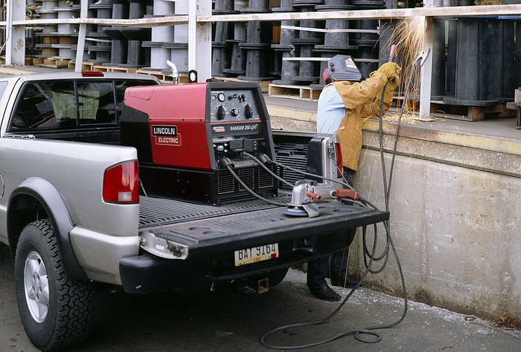 best engine driven welder generator lincoln 250 gtx
