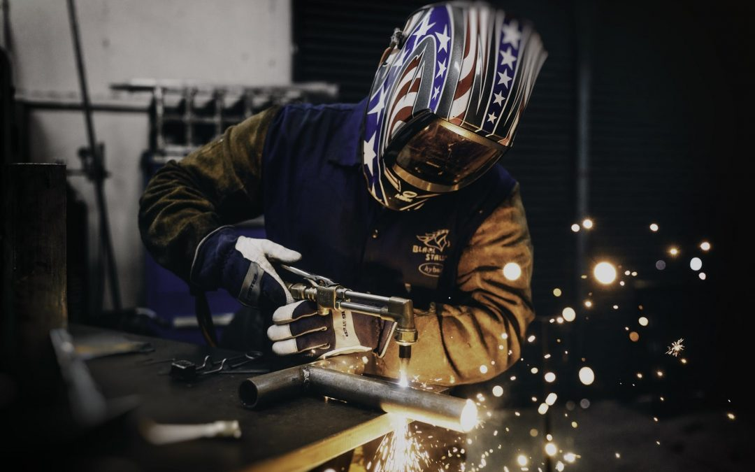 Best Welding Gloves: The Top 10 Products You Can Buy in 2019